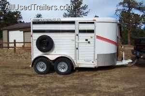 large horse trailer for sale / used horse trailer to sell