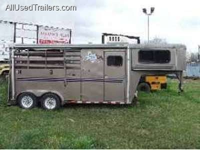AIR CONDITIONER FOR LIVING QUARTERS ON A HORSE TRAILER